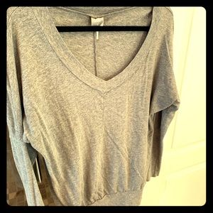 Bobi long sleeves gray top with fitted arms